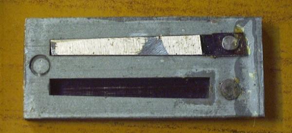 Doorslaande tong voor instrumentenpagina 2